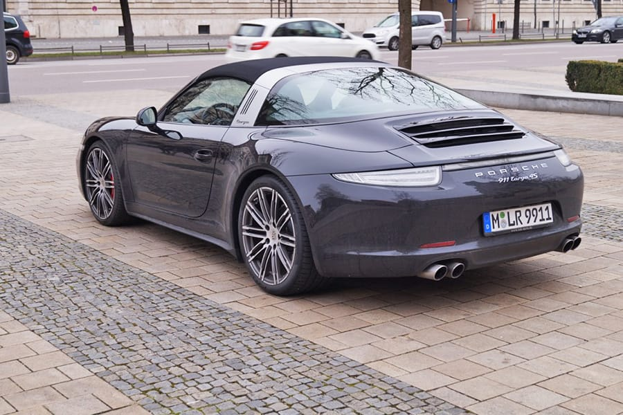 rent a porsche targa 4 s in our car rental in munich luxury car rental munich. Black Bedroom Furniture Sets. Home Design Ideas